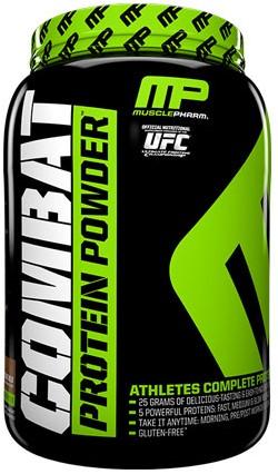 Combat Protein Powder Strawberry (907 gr)
